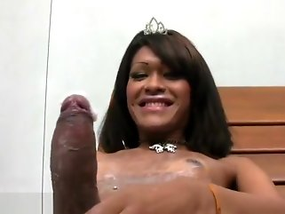 shemale ebony